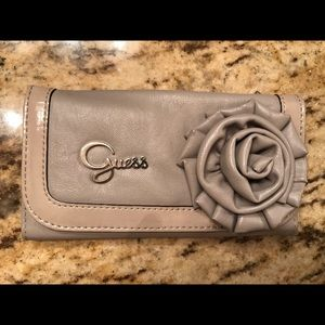Guess Putty Wallet